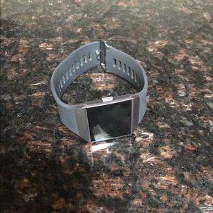 Fitbit ionic.
